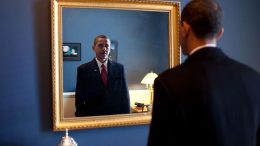 Barack_Obama_takes_one_last_look_in_the_mirror,_before_going_out_to_take_oath,_Jan._20,_2009