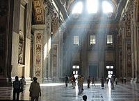 St_Peter_Basilica_light_streams