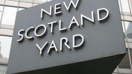 New_Scotland_Yard_sign